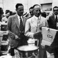 Il sottosegretario di Stato all'agricoltura del Reich, Herbert Backe, in visita alla Cooperativa Frutticoltori di Massa Lombarda in occasione del Primo congresso italo-tedesco di agricoltura, 2 luglio 1939