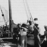 Colazione a bordo del trabaccolo Luigi L. del signor Luigi Lazzarini nell'agosto 1939. Collezione privata Dino Brizzi