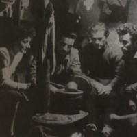 In montagna, foto in Istituto per la storia e le memorie del 900 Parri Emilia Romagna.