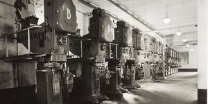 Presse continue Braibanti nel pastificio Barilla, 1938, Archivio Storico Barilla - Parma – Italia.
