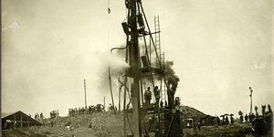 Infissione del primo palo all'impianto Mondine (MN) alla presenza del re Vittorio Emanuele III, 1922