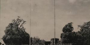Copertina del numero di maggio: Ingresso della IV Mostra nazionale dell'Agricoltura, in «Bologna. Rivista mensile del Comune», n. 4, aprile 1935.