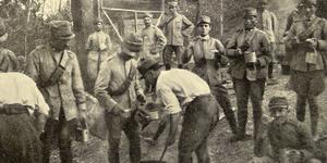 Fra i soldati sul fronte. Distribuzione del rancio, in «L'Illustrazione italiana», 4 luglio 1915, n. 27, p. 10, Istituto per la storia e le memorie del '900 Parri E-R.