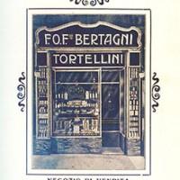 Un'immagine pubblicitaria del noto negozio Bertagni in via Indipendenza. Chiuderà definitivamente i battenti nel 1967